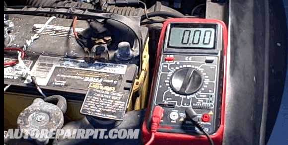 What Causes Car Battery To Drain - AutoRepairPit.com